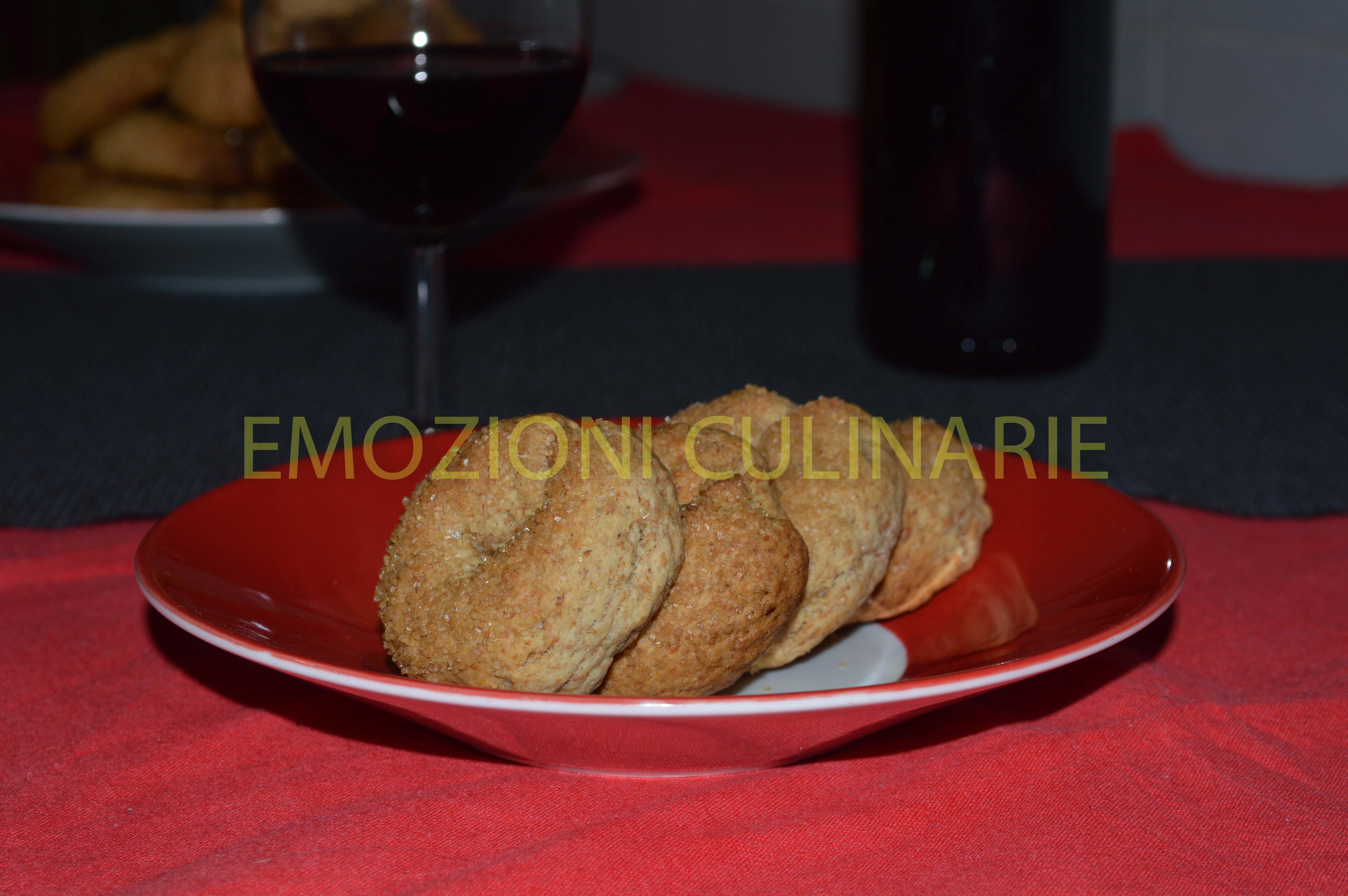 Ciambelline al vino di farina di farro